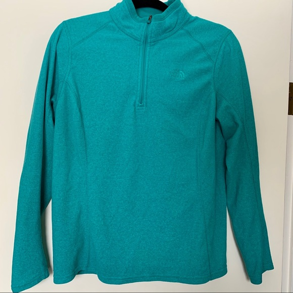 The North Face Tops - The North Face Fleece 1/4 Zip Up 💙